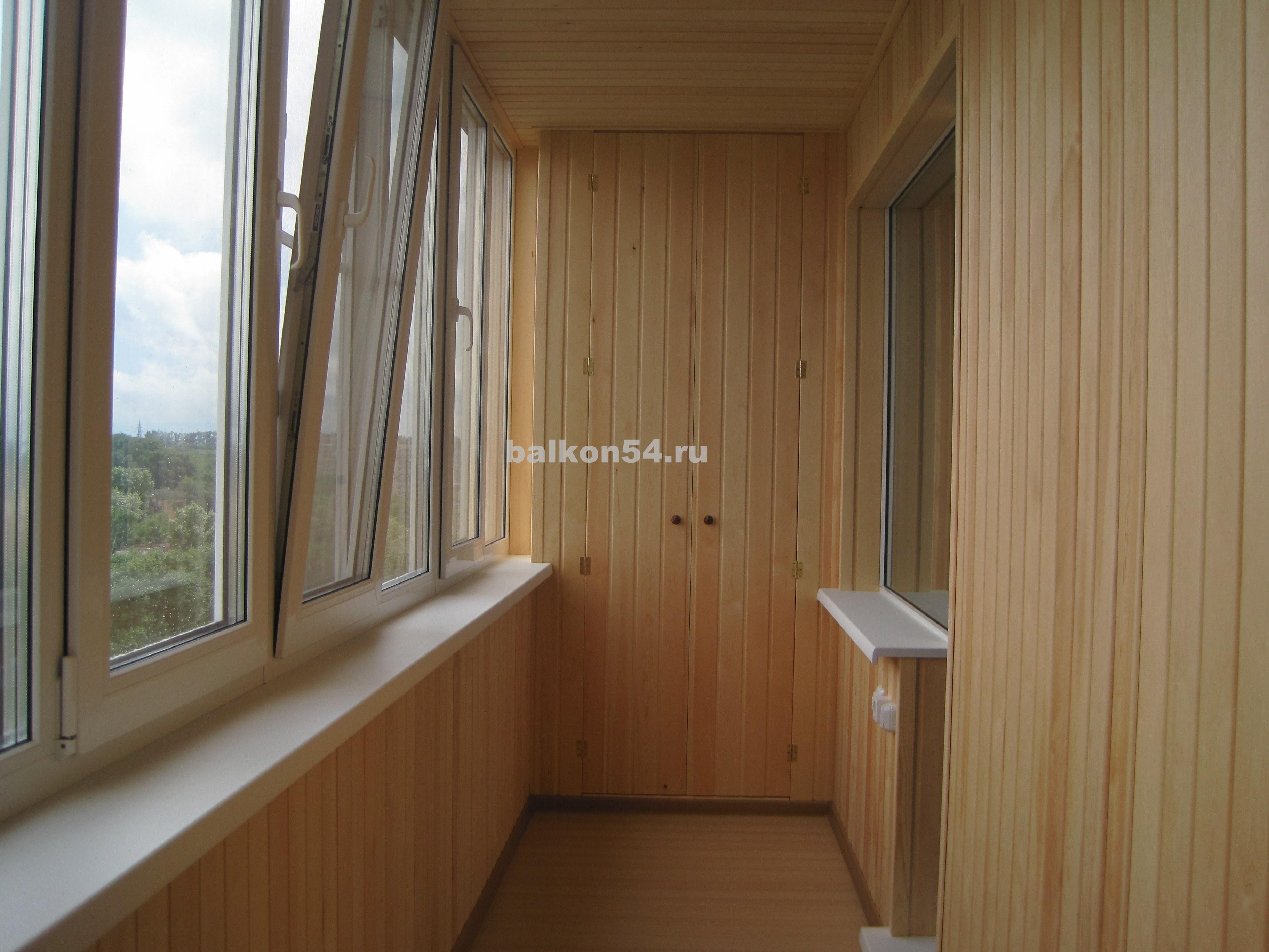Фотографии обшивки балконов и лоджий евровагонкой, пластиков.